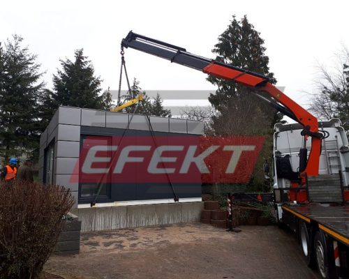 Which type of cranes is best for unloading